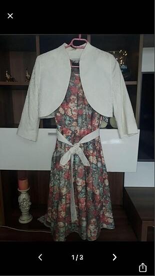 Tuğba venn çiçekli takım elbise