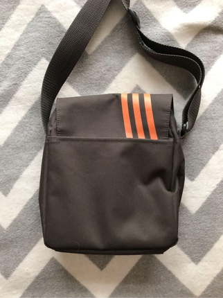 universal Beden Adidas çanta