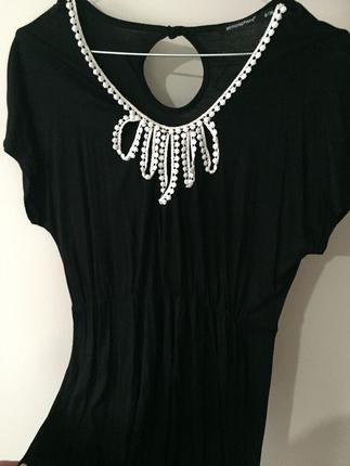 Siyah günlük elbise