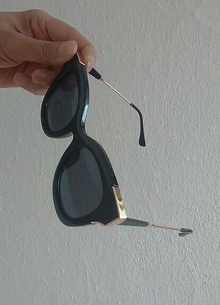 tarz gözlük