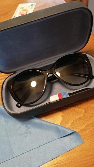 Tommy gözlük