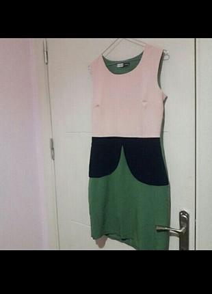 Pudra yeşil elbise