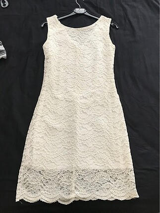 Dantel beyaz elbise