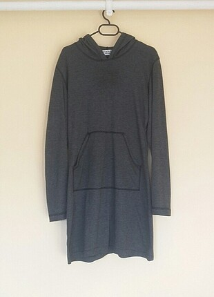 Kapüşonlu cep detaylı gri tunik elbise