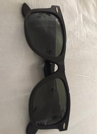 Orijinal gözlük