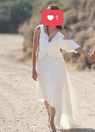 Dış çekim elbisesi