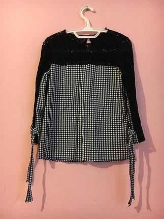 Zara Kareli dantelli bluz