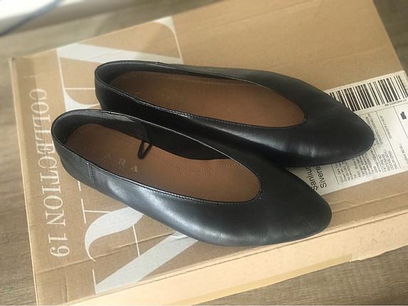 37 Beden siyah Renk Zara gerçek deri siyah babet