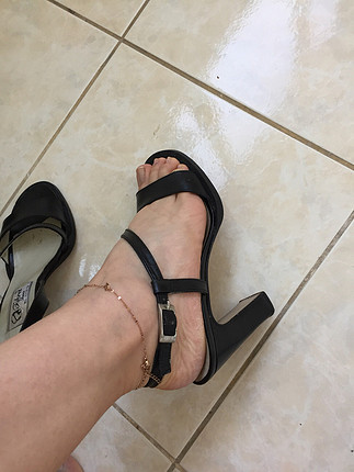 36 Beden Siyah topuklu