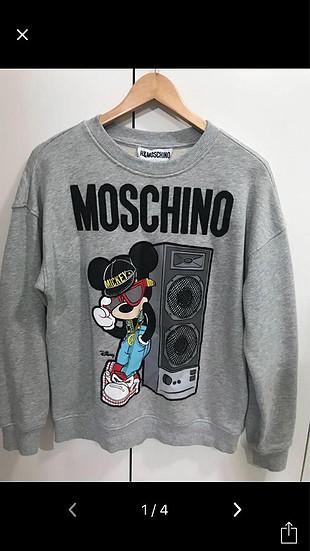 Moschino sweatshirt mickey