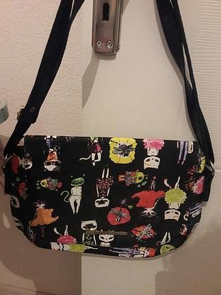 desenli çapraz kol çantası