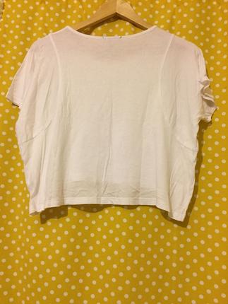 Beyaz kısa bluz