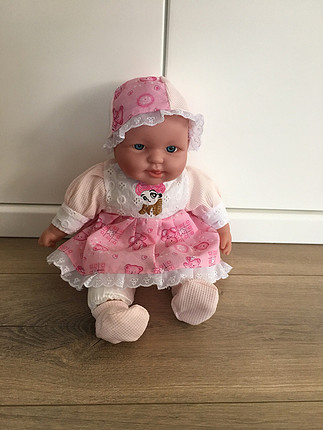 İnteraktif bebek