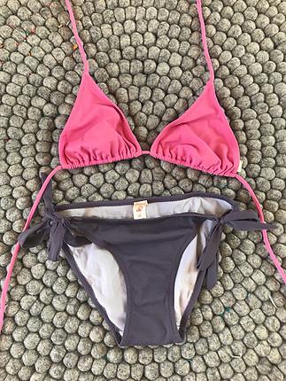 38 Beden çeşitli Renk Bikini alt ve üst