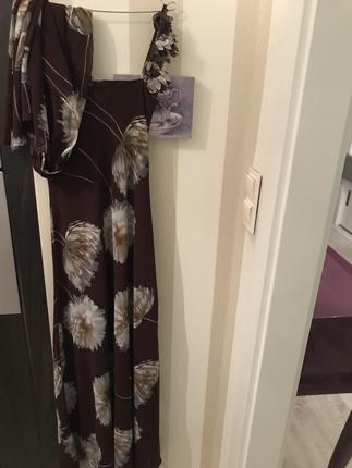 İnce askılı uzun elbise