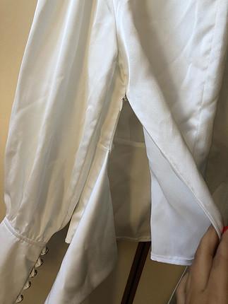 s Beden beyaz Renk Parlak kumaşlı beyaz üst