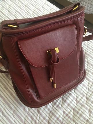 Hem sırt içinhem de yan çanta
