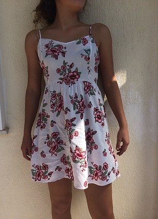 H&M çiçekli elbise