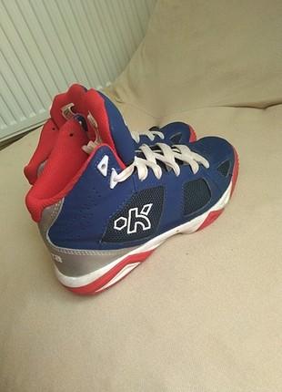 Kipsta basketbol ayakkabisi