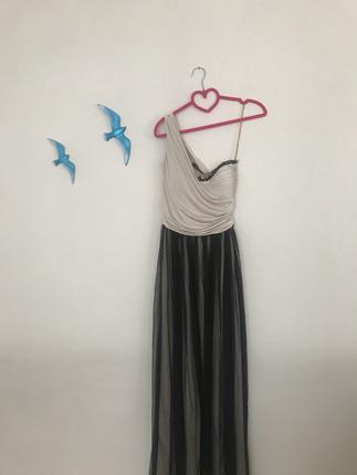 Tüllü Sade Elbise
