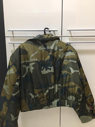 Kamuflaj kısa ceket (Zara)