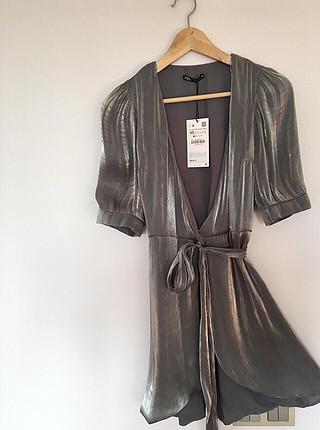 Zara Metalik görünümlü elbise
