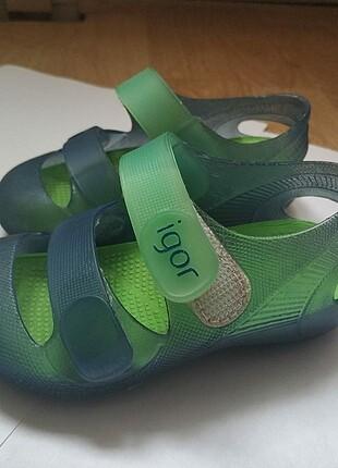 Igor 23 no sandalet