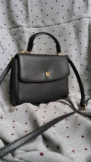 Bershka siyah çanta