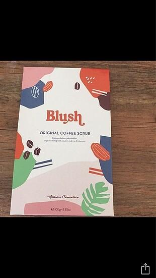 Blush coffee scrub vücut kremi