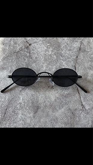 Oval gözlük