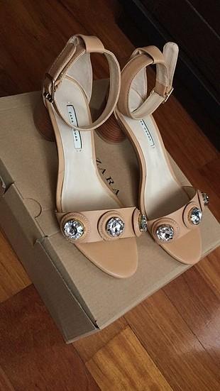 39 Beden Zara sandalet