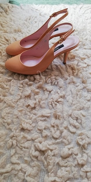 35 Beden inci topuklu ayakkabı
