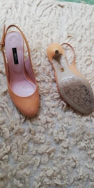 35 Beden ten rengi Renk inci topuklu ayakkabı