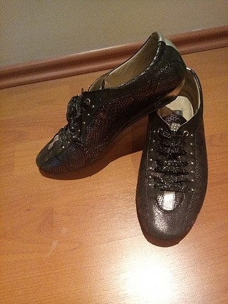 Taşlı Simli Ayakkabı