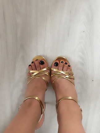 Zara ince topuklu sandalet