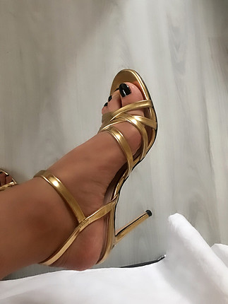38 Beden altın Renk Zara ince topuklu sandalet