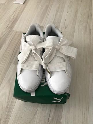 37 Beden beyaz Renk Puma ayakkabı