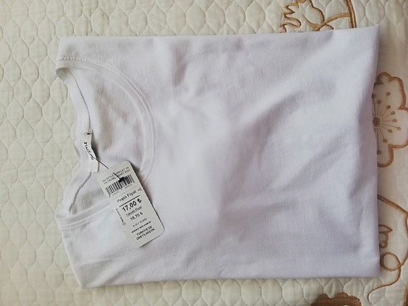 beyaz uzun tshirt