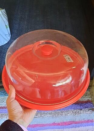Kırmızı kek fanusu