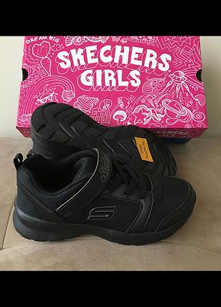 28 Beden siyah Renk Skechers
