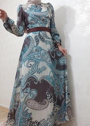 Pınar şems uzun tesettür elbise