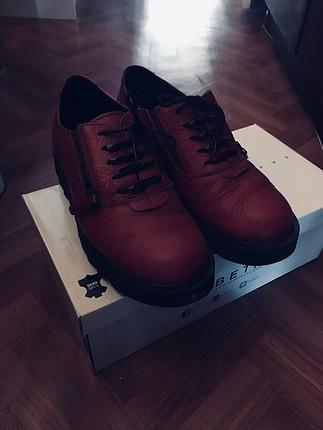 Kırmızı/bordo deri ayakkabı