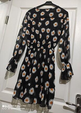 Papatyalı sifon elbise