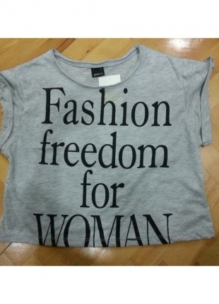 crop tişört