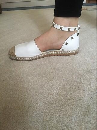 Marjin marka ekru sandalet