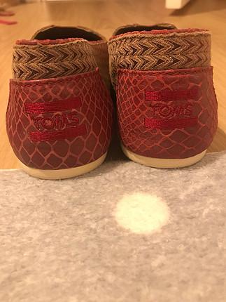 Toms ayakkabı artı Louboutin