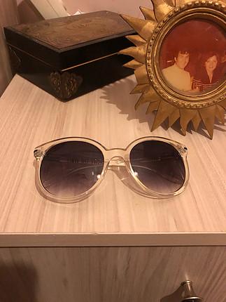 VANS güneş gözlüğü