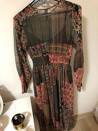 Zara şifon elbise