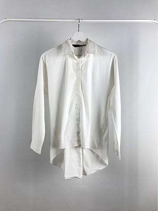 Önü Kısa Arkası Uzun Gömlek