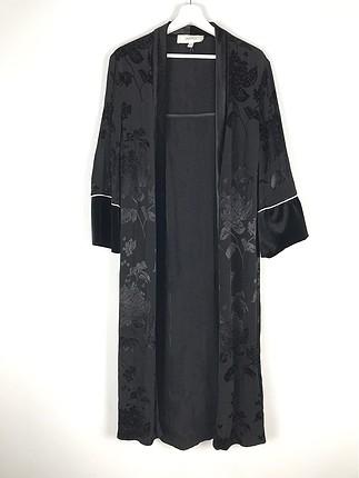 Saten Kimono